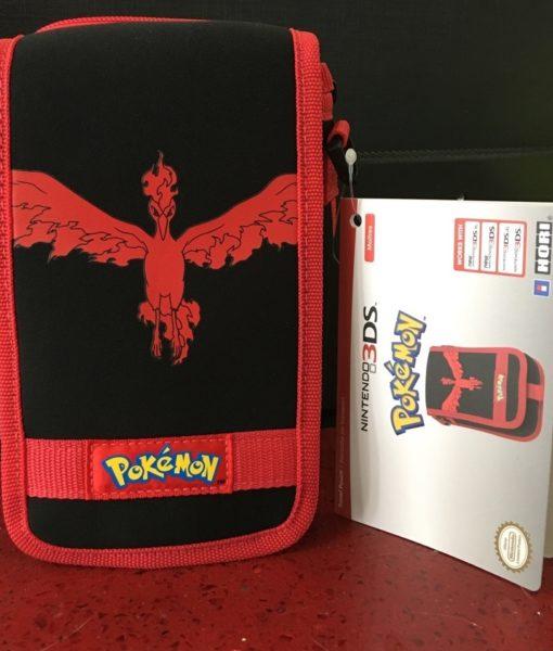 3DS XL New item Travel Pouch Pokemon Rojo HORI